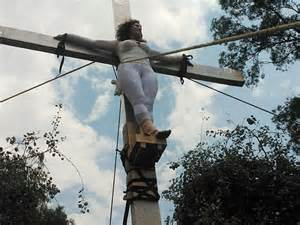 women agree to be crucified picture 5