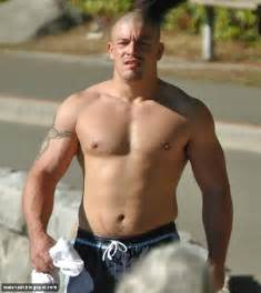 big muscle hairy uncut picture 1