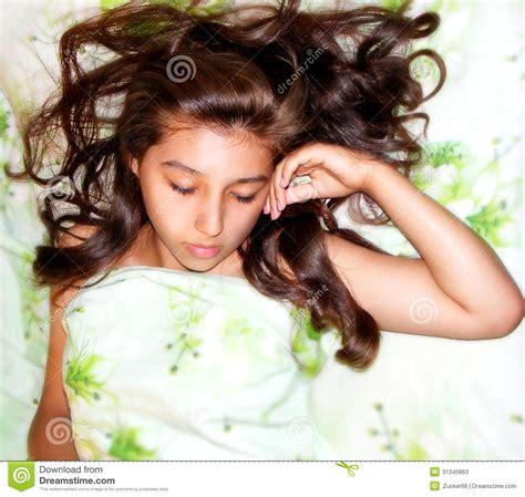scene sleeping woman picture 5