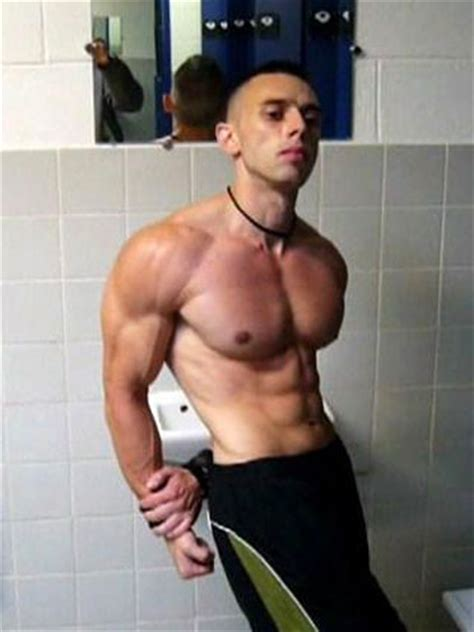 enzo pileri muscle 2009 picture 13