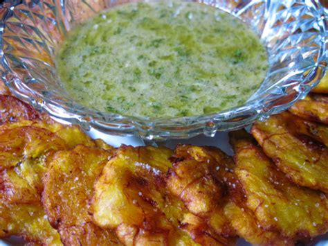 fried green plantains with garlic sauce picture 9