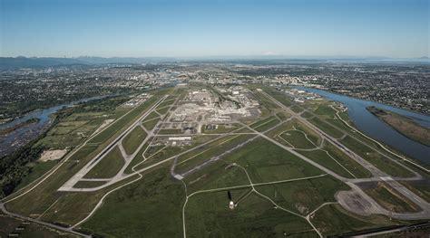 wart international airport picture 2