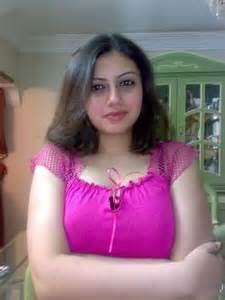 pakistani aunty ko dubai me choda picture 3
