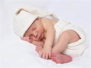 newborn sleeping picture 19