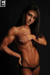 female muscle models picture 13