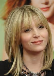 pictures of hairstyles for a medium length hair picture 7
