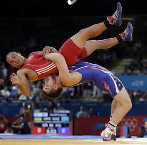 free muscle woman wrestling picture 6