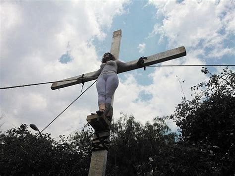 women agree to be crucified picture 1