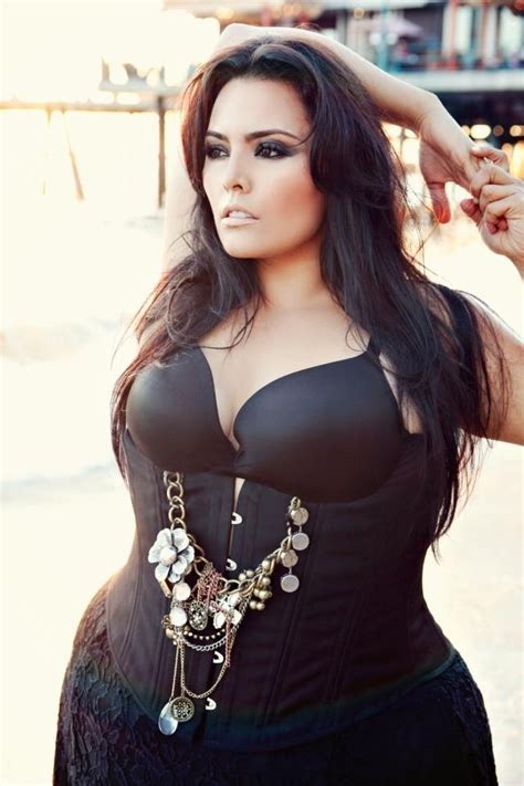 woman long hair to bold hair picture 3