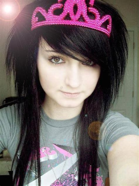 emo hair styles for girls picture 9