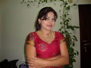 karachi sex aunti picture 5