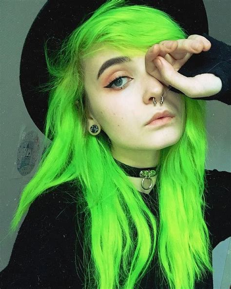 coloring hair green picture 14
