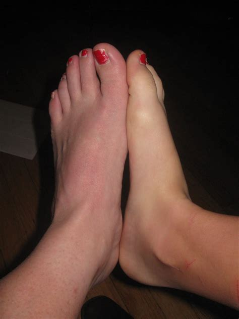 long toes hania s picture 1