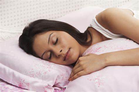 sleep mom picture 6