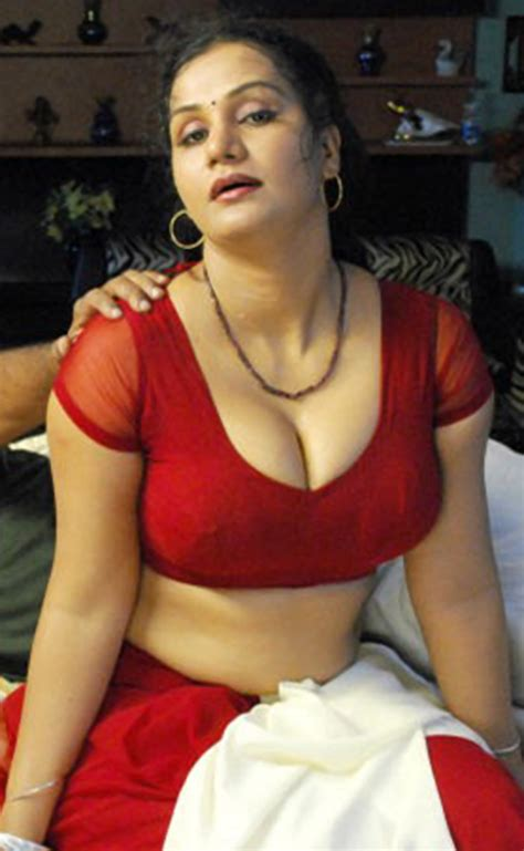dever & bhabi sexe store in hindi picture 1
