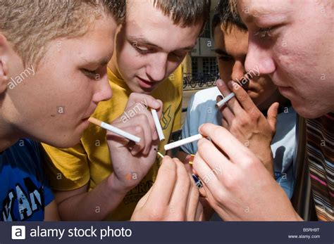 youth boys that smoke picture 7