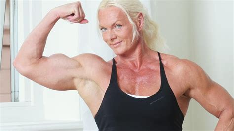 free muscle women picture 11