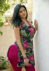 desi fat gaand saree picture 17