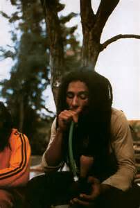 bob marley smoke two bongs picture 15