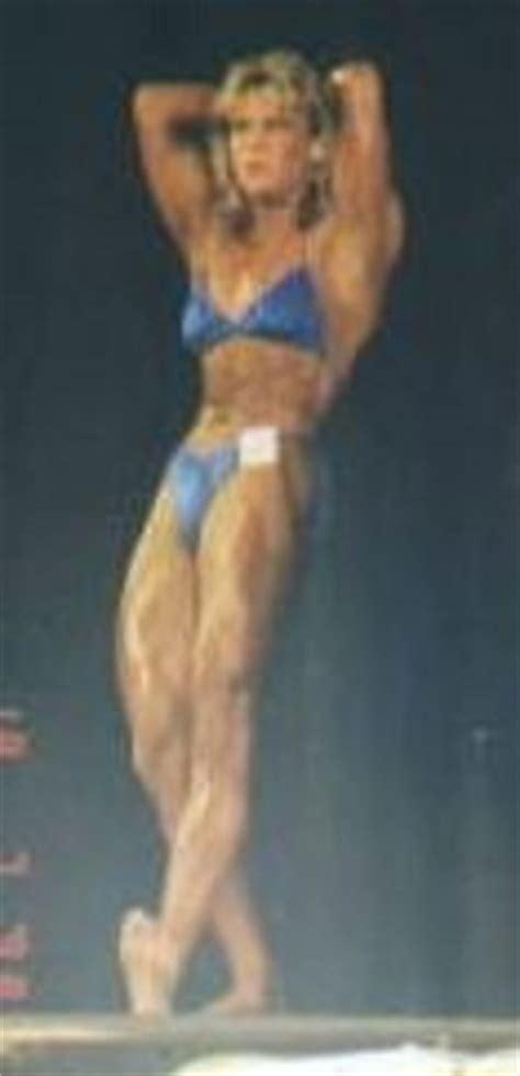 female bodybuilding private sessions picture 15