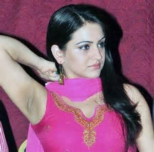 female underarm shaving in india picture 5