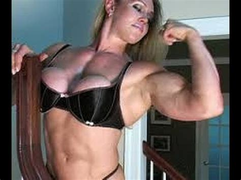huge female muscle liftng and carrying picture 1