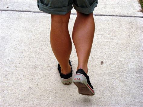 women's muscular athletic legs especially calves picture 8