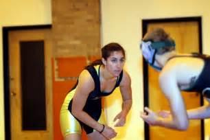 wrestling women vs men picture 3