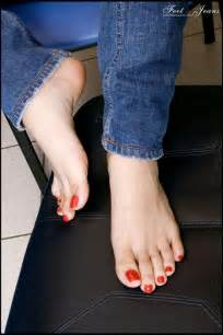 foot jeans picture 5
