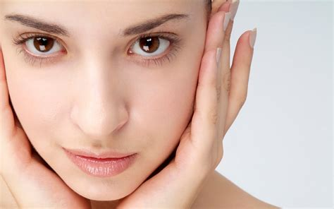how do revitol brighten skin cream smell like? picture 14
