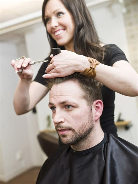 mens haircut and shampoo 30326 picture 3