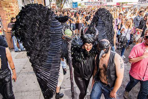 men women flashing street fairs picture 7