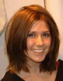 Brown shoulder length layerd hair picture 1