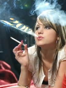 hd latest pic of hot cigarette smoking with picture 1