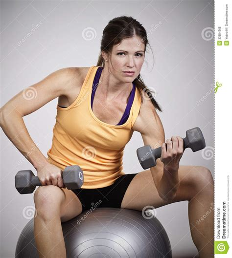 free muscle women picture 1