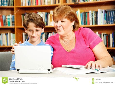 mom helps son picture 9