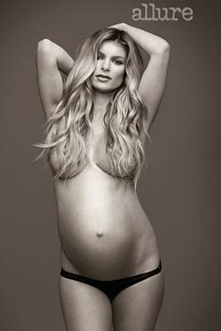 kate hudson stretch marks picture 9