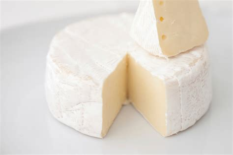 skin benefits of milk picture 5