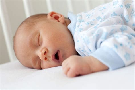 infants and sleep picture 7