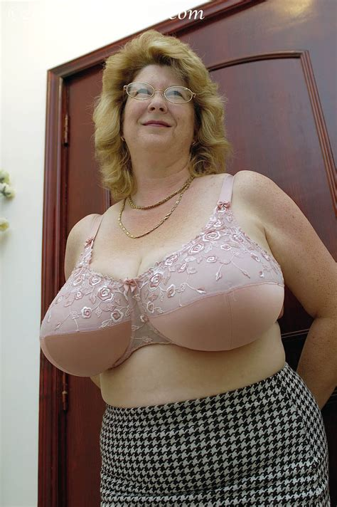 big large granny picture 2