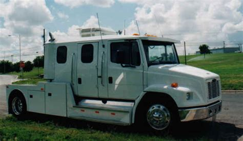 freightliner business cl motorhome picture 12