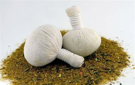 thai herbal poultice picture 13