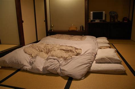 futon roll up sleeping mats picture 2