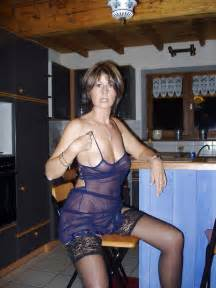 dec 2013 older women amateurs picture 17