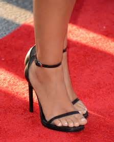 katherine long toes picture 6