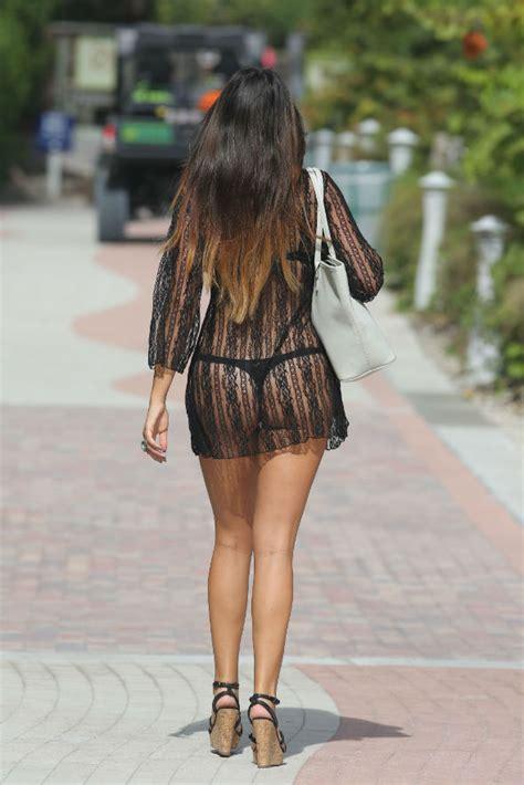 femei care se care se fut pe strada picture 3