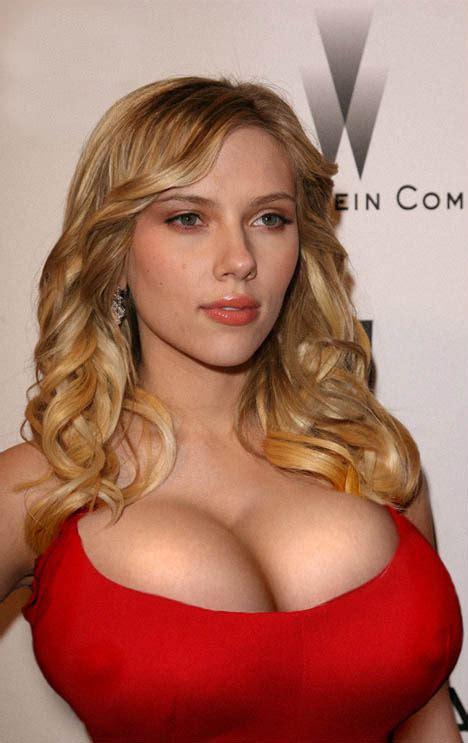 scarlett morph breast picture 6