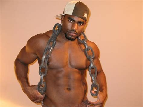 who is the black male stripper with a picture 6