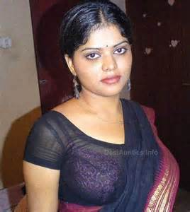 indian local sexy women in sleeveless blouse saree pic picture 3