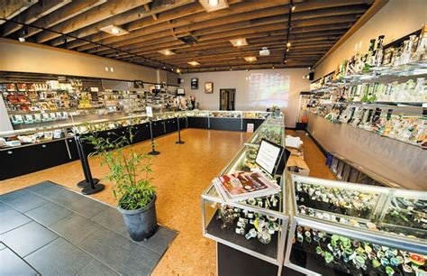 weed smoke shop picture 15